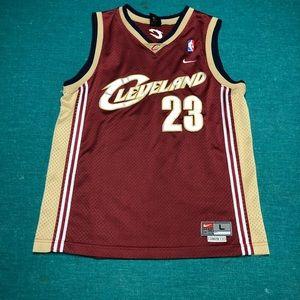 •Vintage LeBron James Cavs Jersey